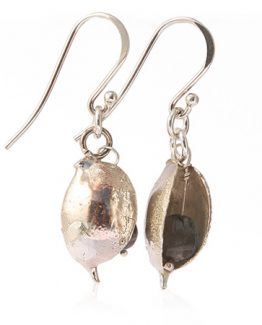 sterling silver seed pod with labradorite stone detail